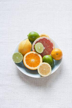 감귤류의 과일: 감귤 류의 과일 그릇