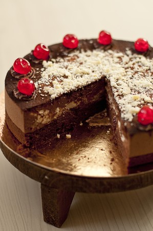 gateau: Black Forest Gateau with glace cherries, sliced LANG_EVOIMAGES