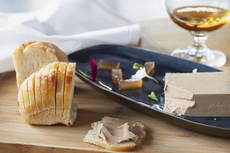 higado de pollo: Pat� de h�gado de pollo con pan LANG_EVOIMAGES