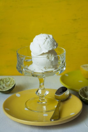 chalices: Lemon and lime ice cream