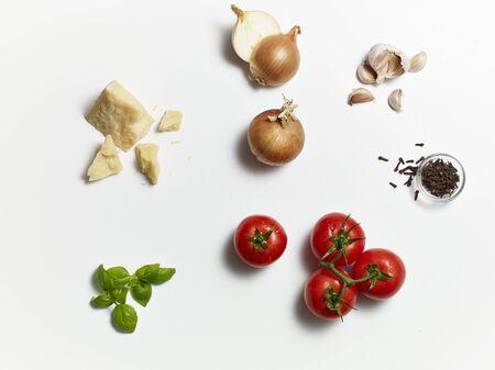 salsa de tomate: Ingredientes para la salsa de tomate LANG_EVOIMAGES