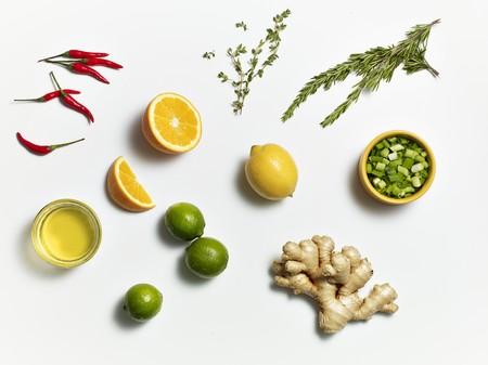 brine: Ingredients for a Pork belly Brine LANG_EVOIMAGES