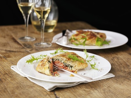 puff pastry: Salmon in puff pastry with rocket