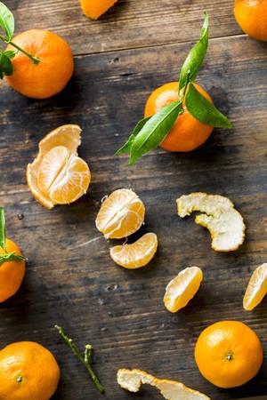 mandarins: Mandarins, whole and peeled