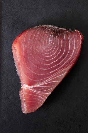 tunafish: A fresh tuna steak