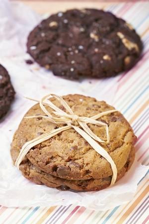 choco chips: White and dark chocolate cookies