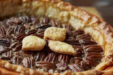 pecan pie: Pecan pie (close up) LANG_EVOIMAGES