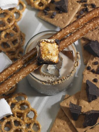 marshmellow: A chocolate vodka drink with marshmallows and pretzels LANG_EVOIMAGES