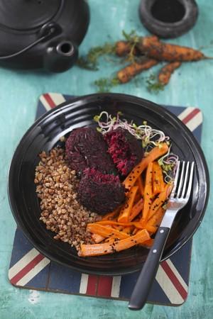 vegetarian hamburger: Beetroot patties with buckwheat and carrot