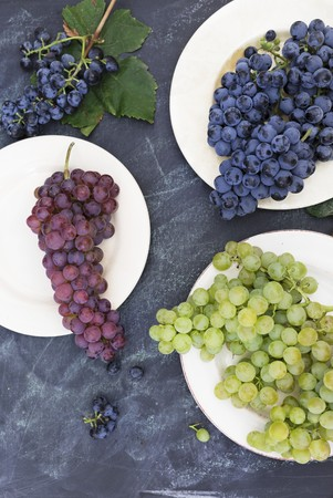 Various types of grapes (top view)