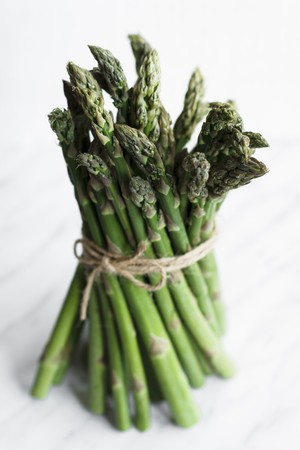 motouz: Bundle of Asparagus Tied with Twine