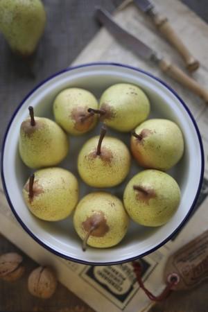 pip: Pears in a metal bowl