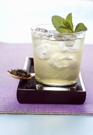 pip: Apple icea tea with mint leaves