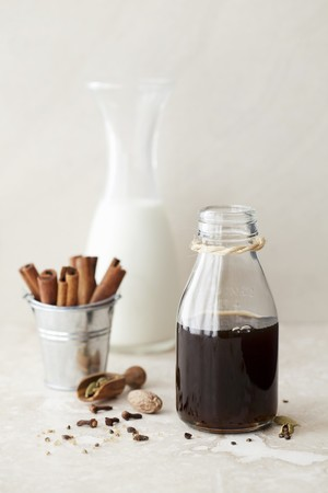 anis: Spiced masala chai syrup with milk and spices