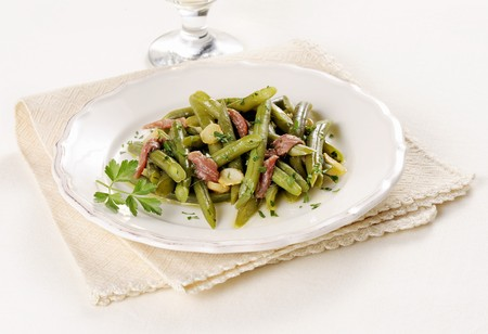 bean family: Green beans with garlic and anchovies
