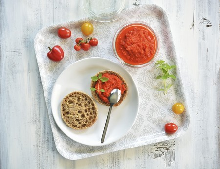 pickling: Ajvar in a jar and on half a bread roll LANG_EVOIMAGES