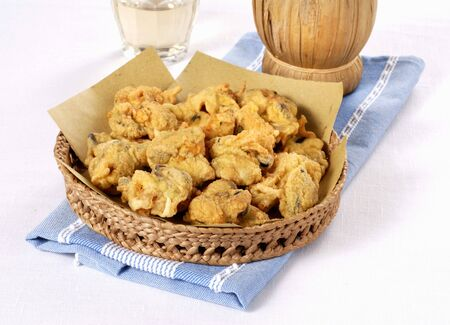 Frittelle di cozze (baked mussels from Italy)