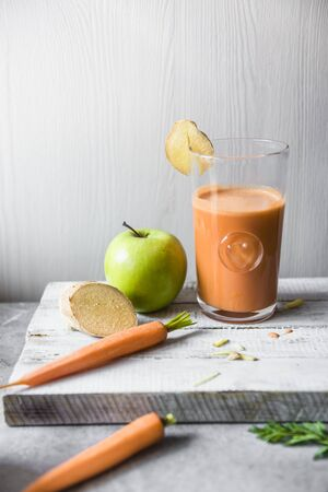 ascorbic acid: A glass of carrot, apple and ginger juice