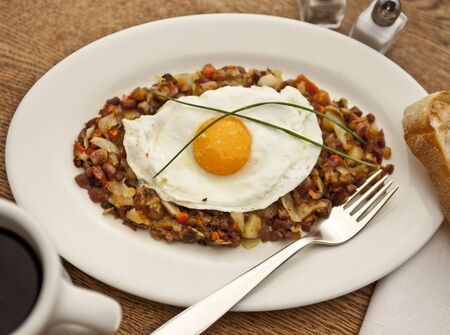 hashbrowns: Corned beef hash with a fried egg (USA)