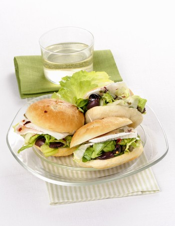 Rolls with salad, olives and Primosale cheese LANG_EVOIMAGES