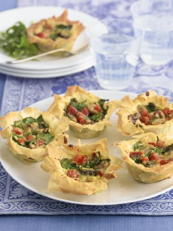 filo pastry: Filo pastry tartlets with a mushroom filling