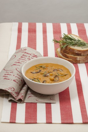 whiteness: Chickpea soup with mushrooms and rosemary