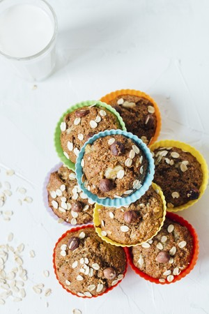 banana: Oat muffins with hazelnuts and banana LANG_EVOIMAGES