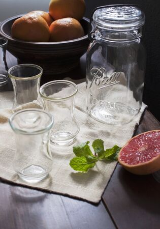 pickling: Grapefruits and empty glasses LANG_EVOIMAGES