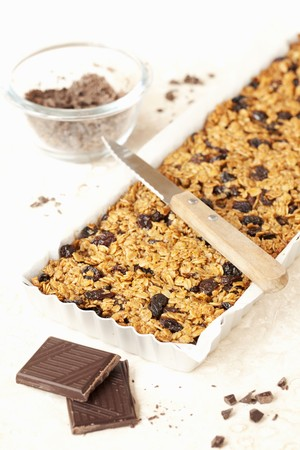 Freshly baked flapjacks with chocolate and brown sugar LANG_EVOIMAGES
