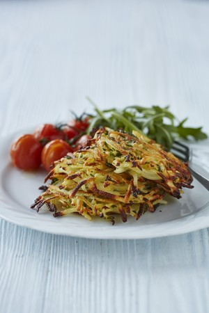 Potato and onion fritters with herbs