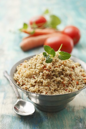 Tabbouleh with carrots, tomatoes and mint LANG_EVOIMAGES