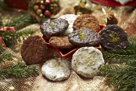 Elisenlebkuchen (spiced soft gingerbread from Germany) with different glazes LANG_EVOIMAGES
