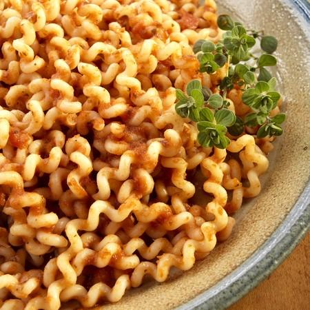 marinara sauce: Fuslli lunghi with marinara sauce
