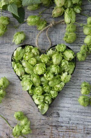 ides: Hops umbels inside a heart-shaped cutter LANG_EVOIMAGES