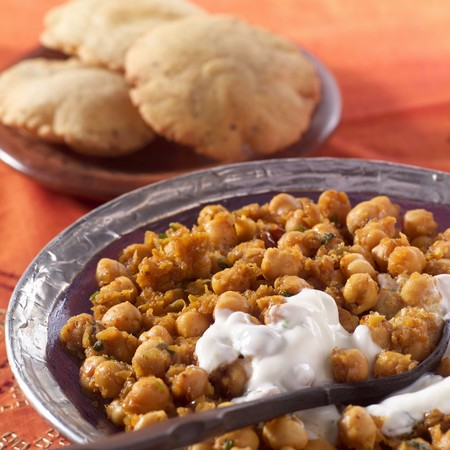 Chickpeas with yoghurt sauce (India) LANG_EVOIMAGES
