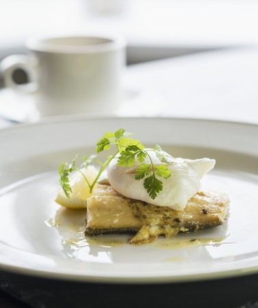 stockfish: Stockfish with poached egg LANG_EVOIMAGES