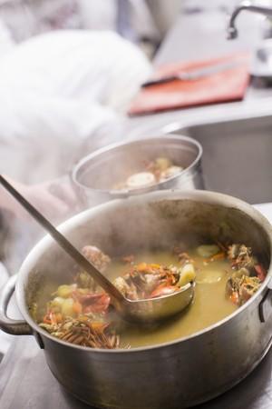 crustacean: Crustacean sauce being made LANG_EVOIMAGES