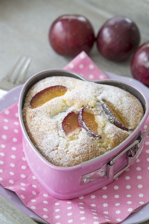 pinky: A plum cake in a heart-shaped baking tin