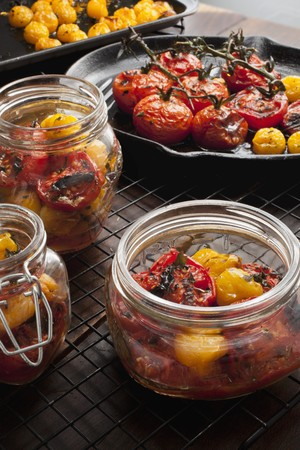 Roasted red and yellow tomatoes