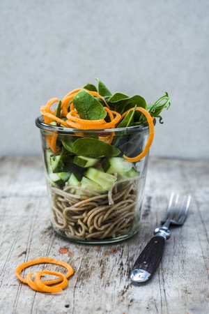 Spaghetti with cucumber and spinach in a glass LANG_EVOIMAGES