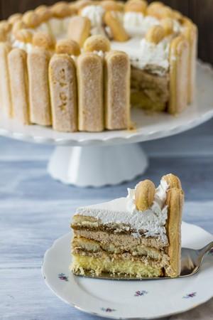 Malakoff torte, sliced LANG_EVOIMAGES