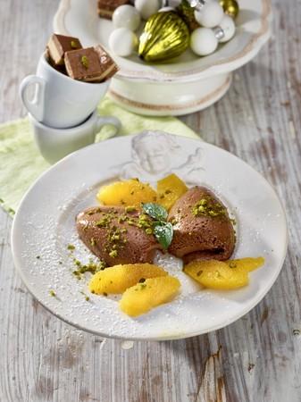 Praline mousse with orange fillets LANG_EVOIMAGES