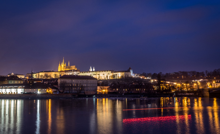 Czech capitol city Prague and river Vltava, Prague castle at night, landscape photography 版權商用圖片