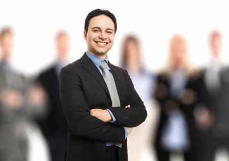 Portrait eines Führers vor seinem Team