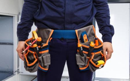 ingeniero electrico: Primer plano de un trabajador