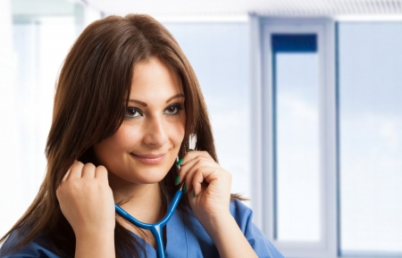 doctoring: Ritratto di una bella infermiera