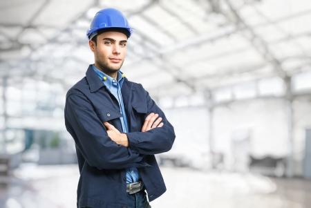 ingenieria industrial: Retrato de un ingeniero guapo Foto de archivo