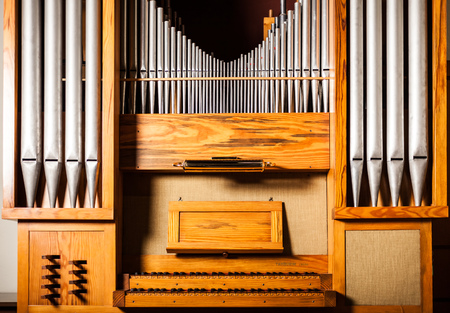 pipe organ: Detail of a pipe organ
