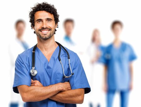 grupo de hombres: Doctor sonriente