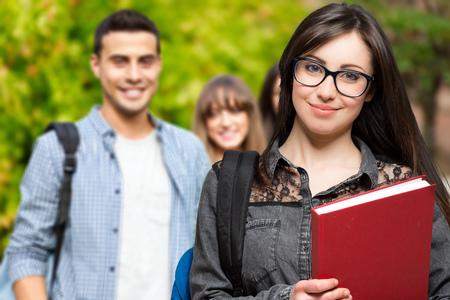 Studenci w parku Zdjęcie Seryjne